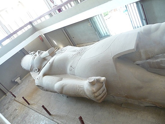 1.1286092562.colossus-of-ramses-ii-at-memphis-outdoor-museu