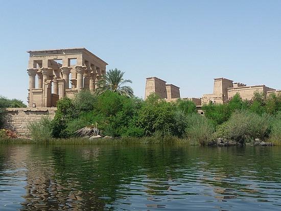 1.1286528294.kiosk-of-trajan-at-the-philae-temple