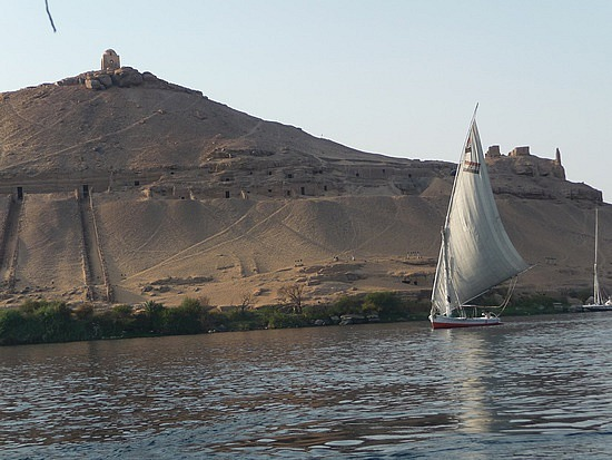 1.1286528294.tombs-of-the-nobles-in-aswan