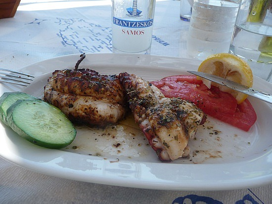 1.1284888836.grilled-octopus-with-ouzo