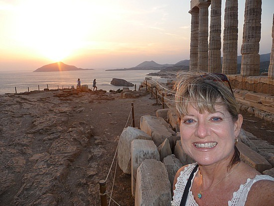 1.1285159957.me-at-wind-swept-cape-sounion