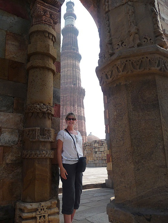 1.1288221739.me-and-the-qutb-minar-in-the-background