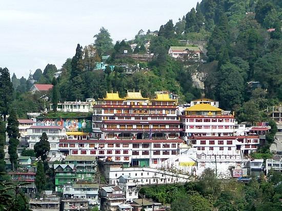 1.1288683822.druk-sangak-choling-gompa-temple-in-darjeeling