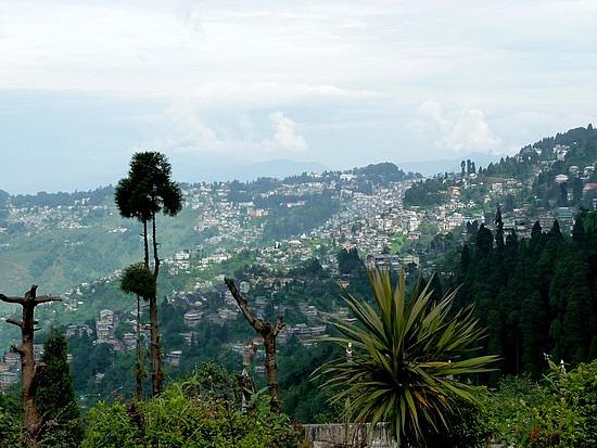 1.1288683822.view-of-darjeeling