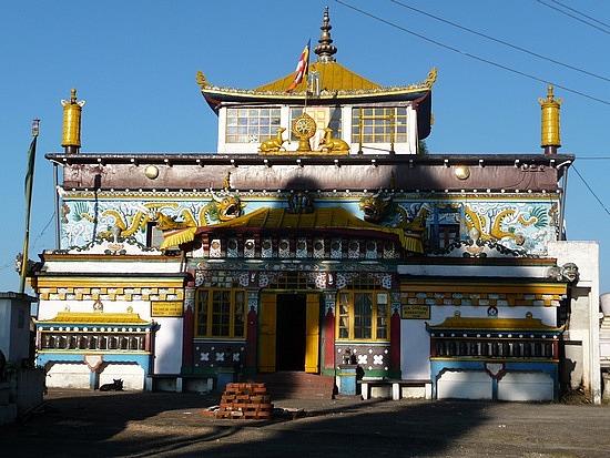 1.1288683822.yiga-choling-gompa-temple-at-goom