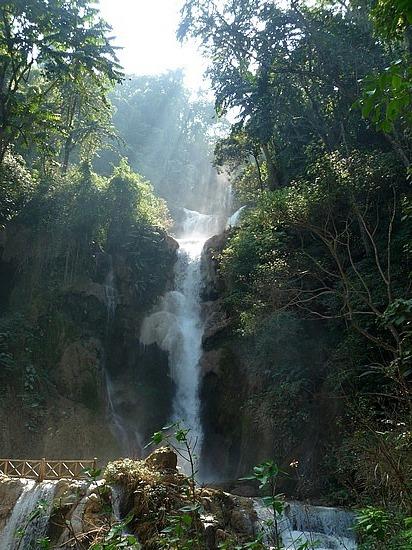 1.1289517873.kuang-si-waterfall