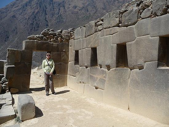 1.1282222773.me-at-the-ollyantaytambo-ruins