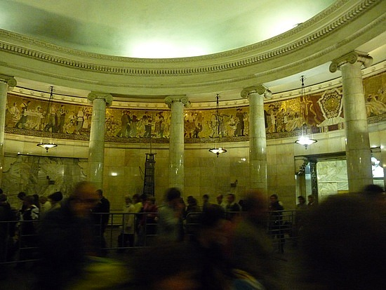 1.1283296052.art-in-moscow-subway-kievskaya-station
