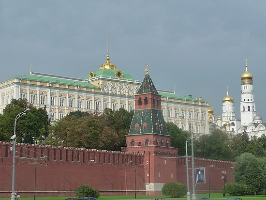 1.1283296052.the-kremlin-view-from-moscow-river