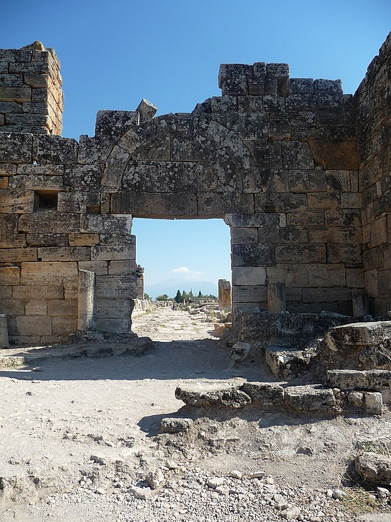 1.1284720946.arch-of-domitian-at-hierapolis