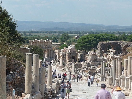 1.1284720946.curetes-way-at-ephesus
