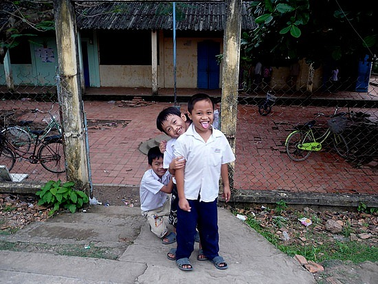 1.1288740217.boys-being-boys-at-a-school-in-the-mekong-delt
