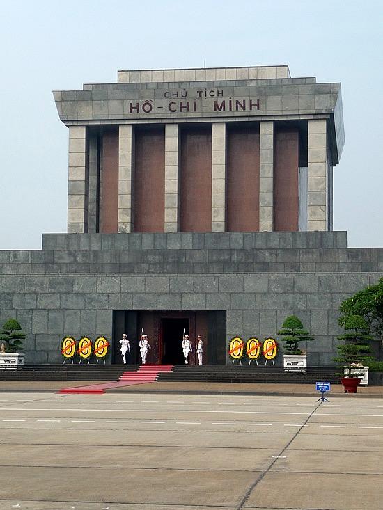 1.1288999430.ho-chi-minh-mausoleum