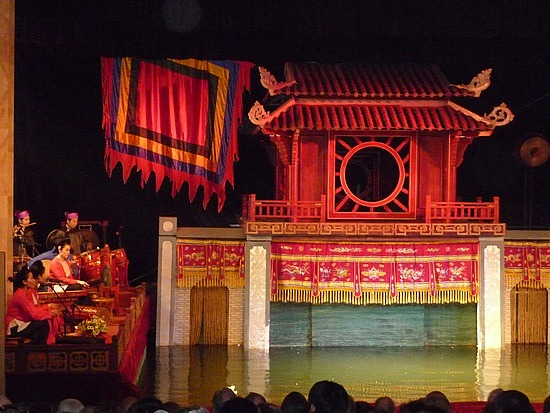 1.1288999430.roi-nuoc-thang-long-water-puppet-theater