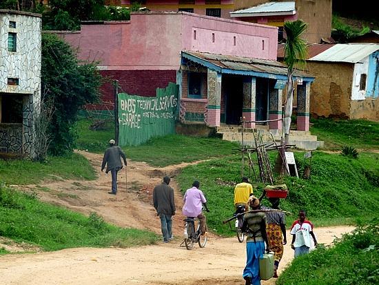 2.1319138980.on-the-road-to-bwindi