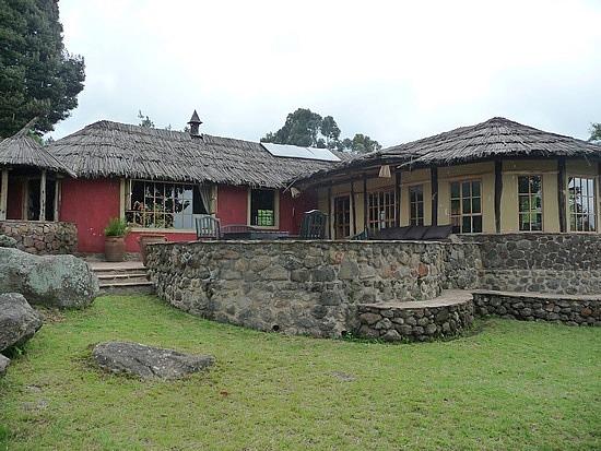 2.1319398215.volcanoes-mgahinga-lodge