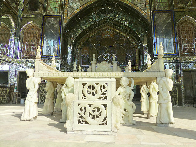 3.1349631813.marble-throne-at-the-golestan-palace