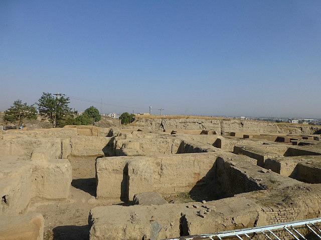 3.1349804641.excavation-at-hegmataneh-hill