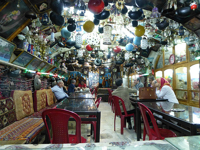 3.1350627064.funky-teahouse-near-imam-square