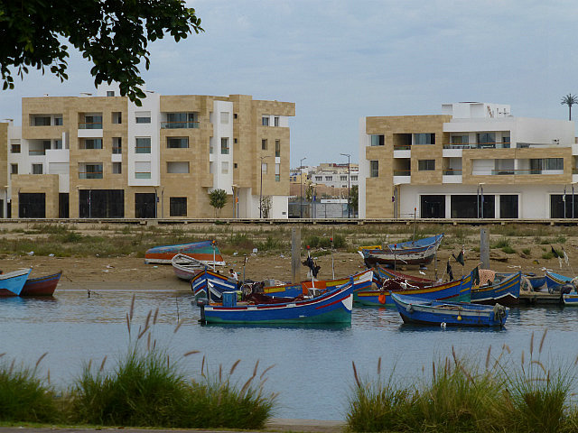 4.1380237254.boats-on-oued-bou-regreg