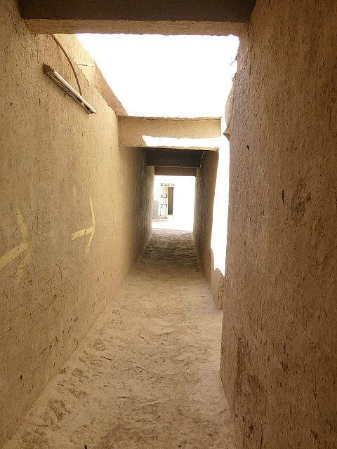 4.1380583009.the-narrow-alleys-of-a-ksar