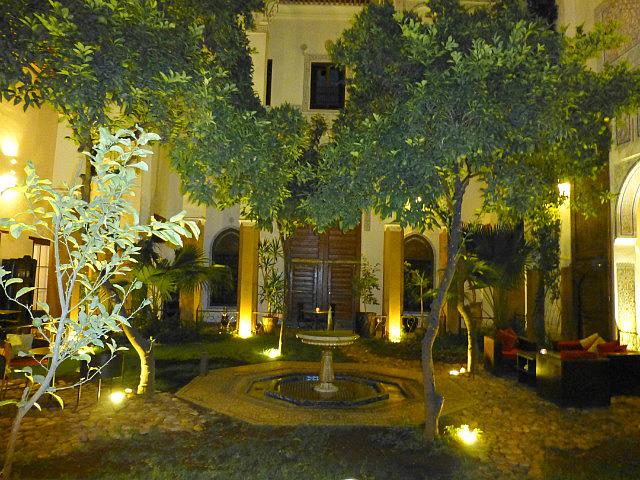 4.1380585688.courtyard-inside-riad-laaroussa-where-i-stayed