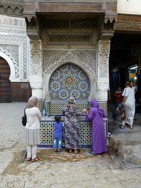 4.1380585688.place-en-najjarine-at-the-medina