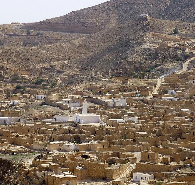 4.1381620375.toujene-berber-village