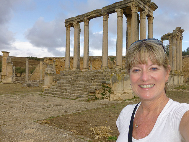 4.1381140206.me-at-the-temple-of-the-moon-at-dougga
