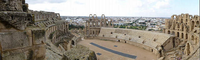 4.1381313236.view-of-the-el-jem-coliseum-from-the-top