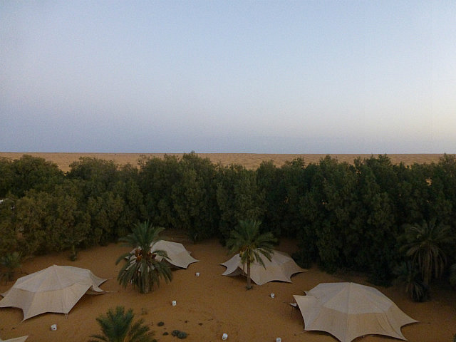 4.1381533784.the-desert-camp-where-i-stayed-in-ksar-ghilane