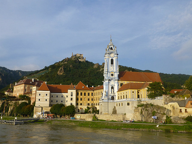 5.1410822324.durnstein-from-danube-our-hotel-on-far-left