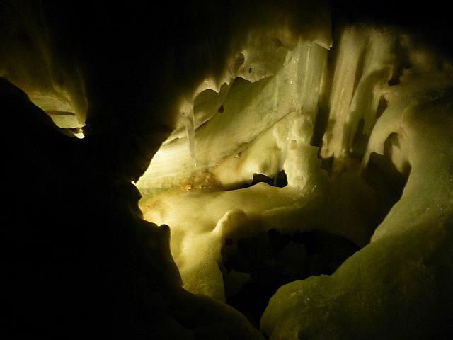 5.1411122942.1-dachstein-ice-caves