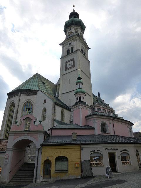 5.1411340771.buildings-in-old-town-hall-in-tyrol