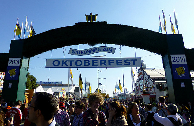 5.1411513593.welcommen-to-octoberfest
