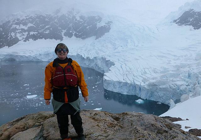 6.1424591583.atop-the-glacier-at-niko-harbor