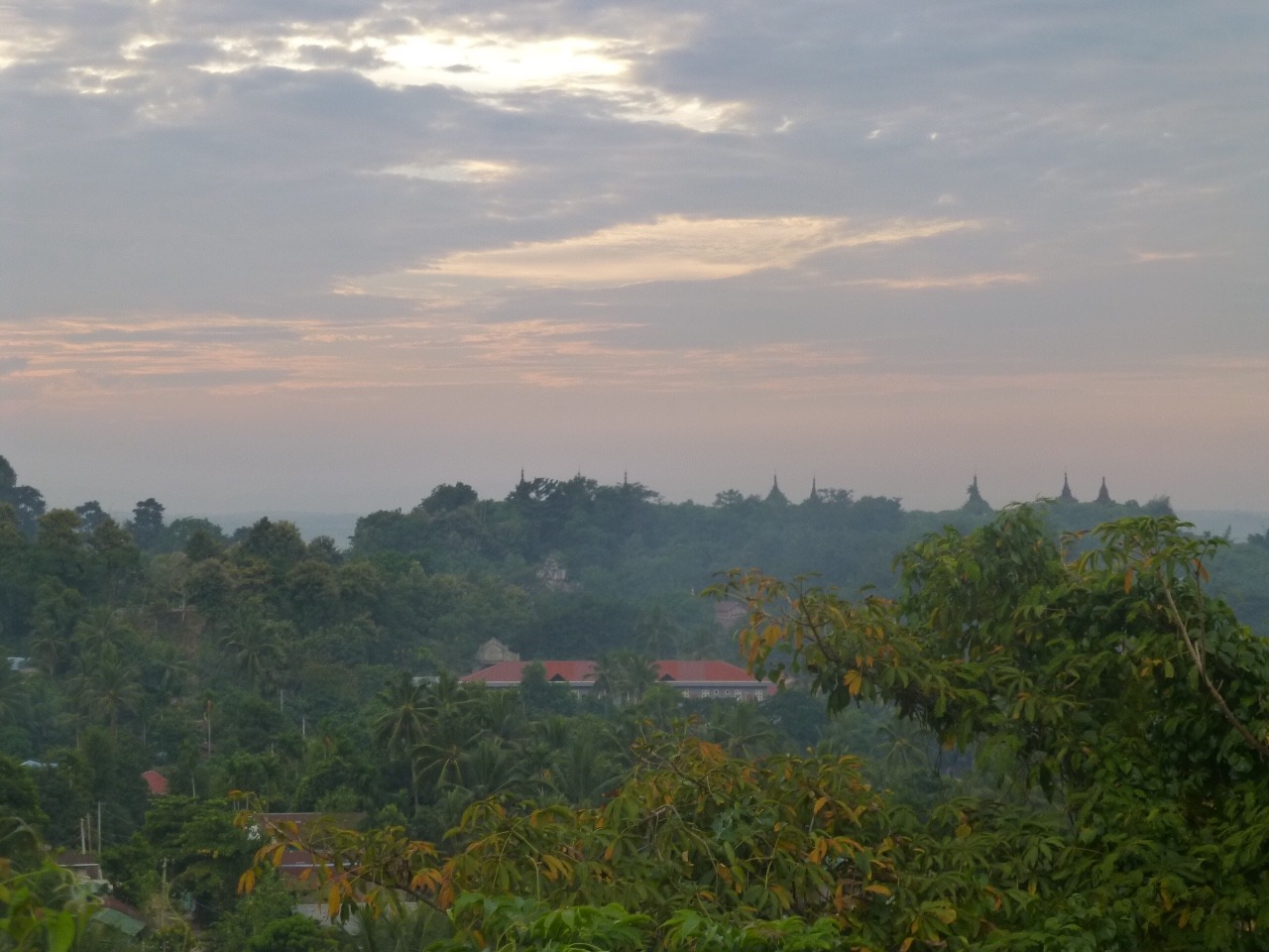 7.1477286474.sunset-over-mrauk-u