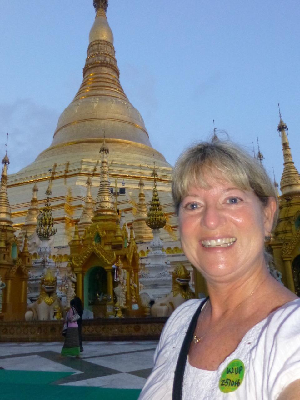 7.1477353600.me-at-shwedagon-paya