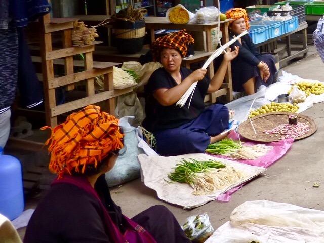7.1477952520.pa-o-selling-produce-at-mingalar-market