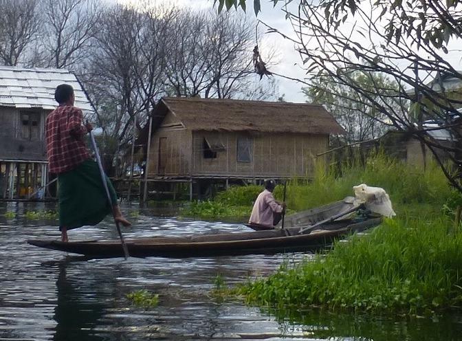 7.1478003788.fishing-village-at-nampan