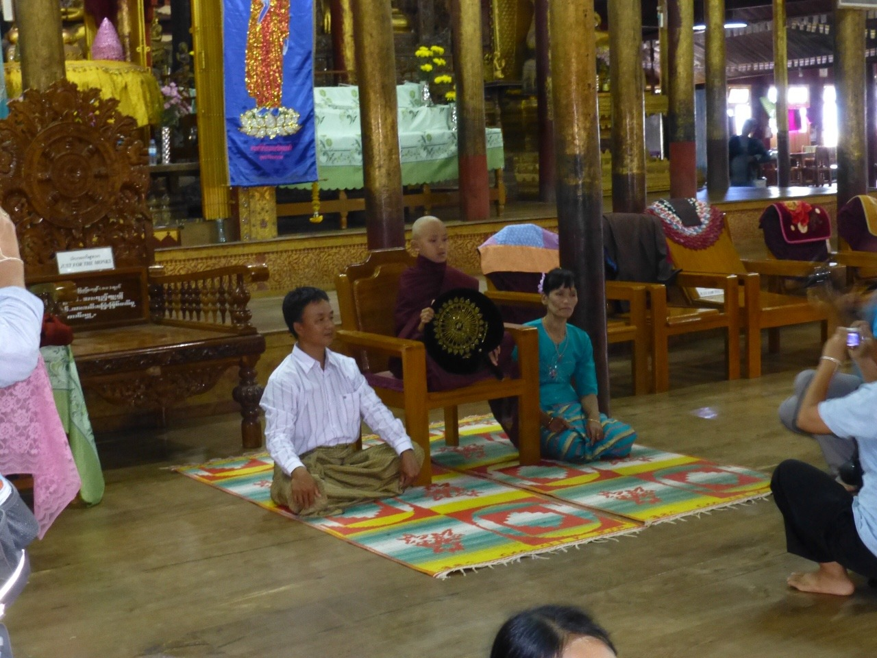 7.1478003788.initiation-ceremony-at-nga-hpe-kyaung