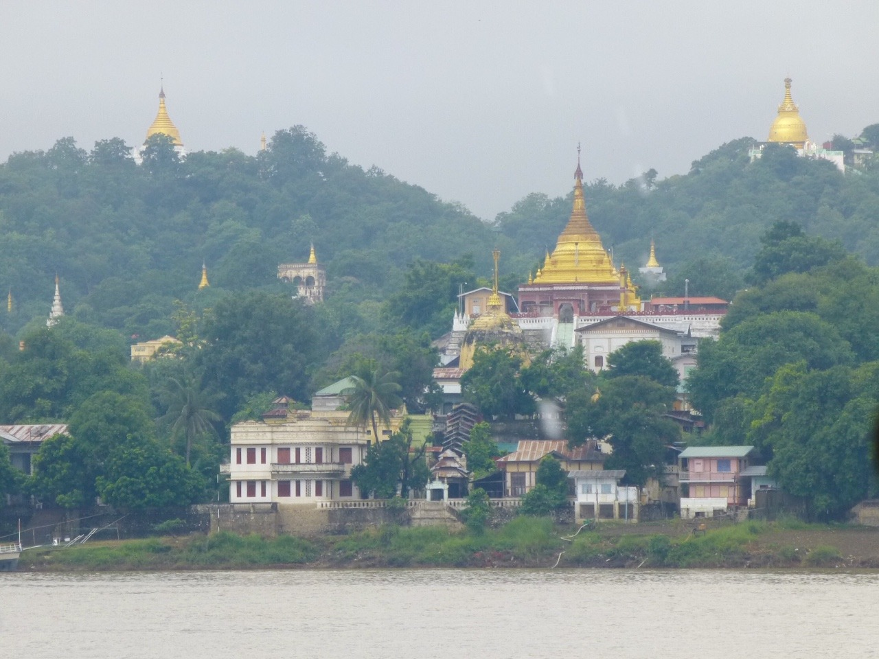 7.1478471007.sagaing-from-the-boat