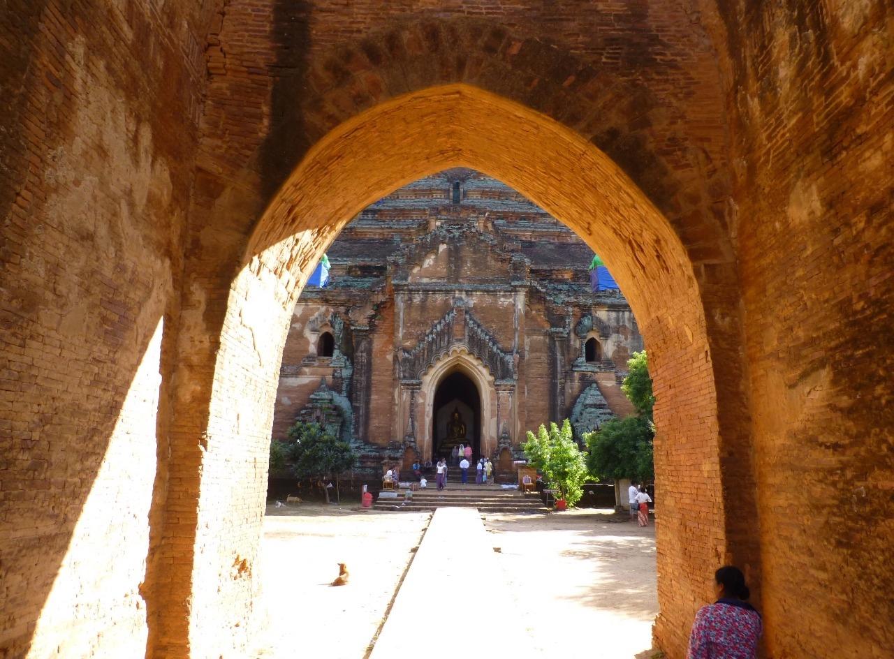 7.1478581869.dhammayangyi-temple