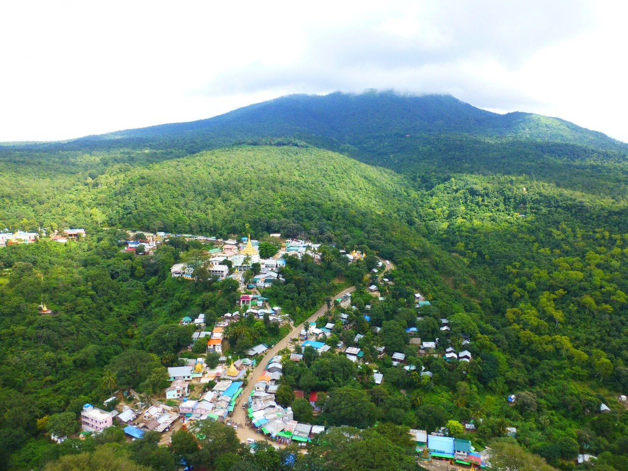 7.1478747059.view-from-top-of-mt-popa-to-dormant-volcano