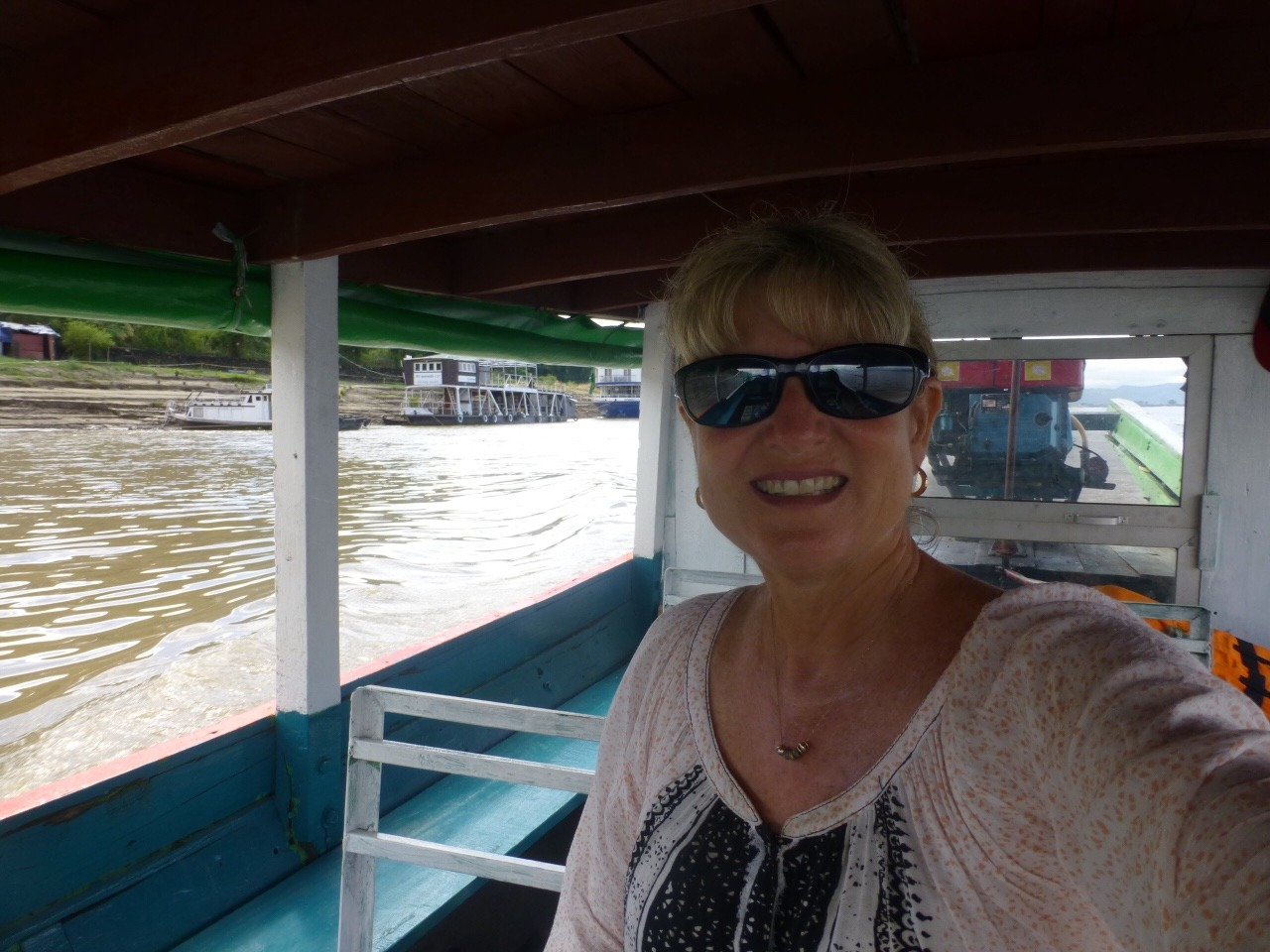 7.1478749450.on-my-boat-on-the-ayarwady