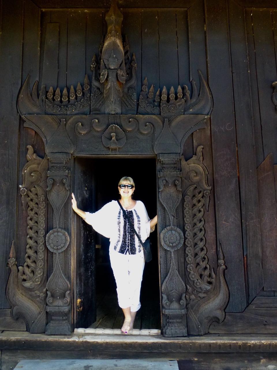 7.1479075873.2-bagaya-kaung-teak-monestary