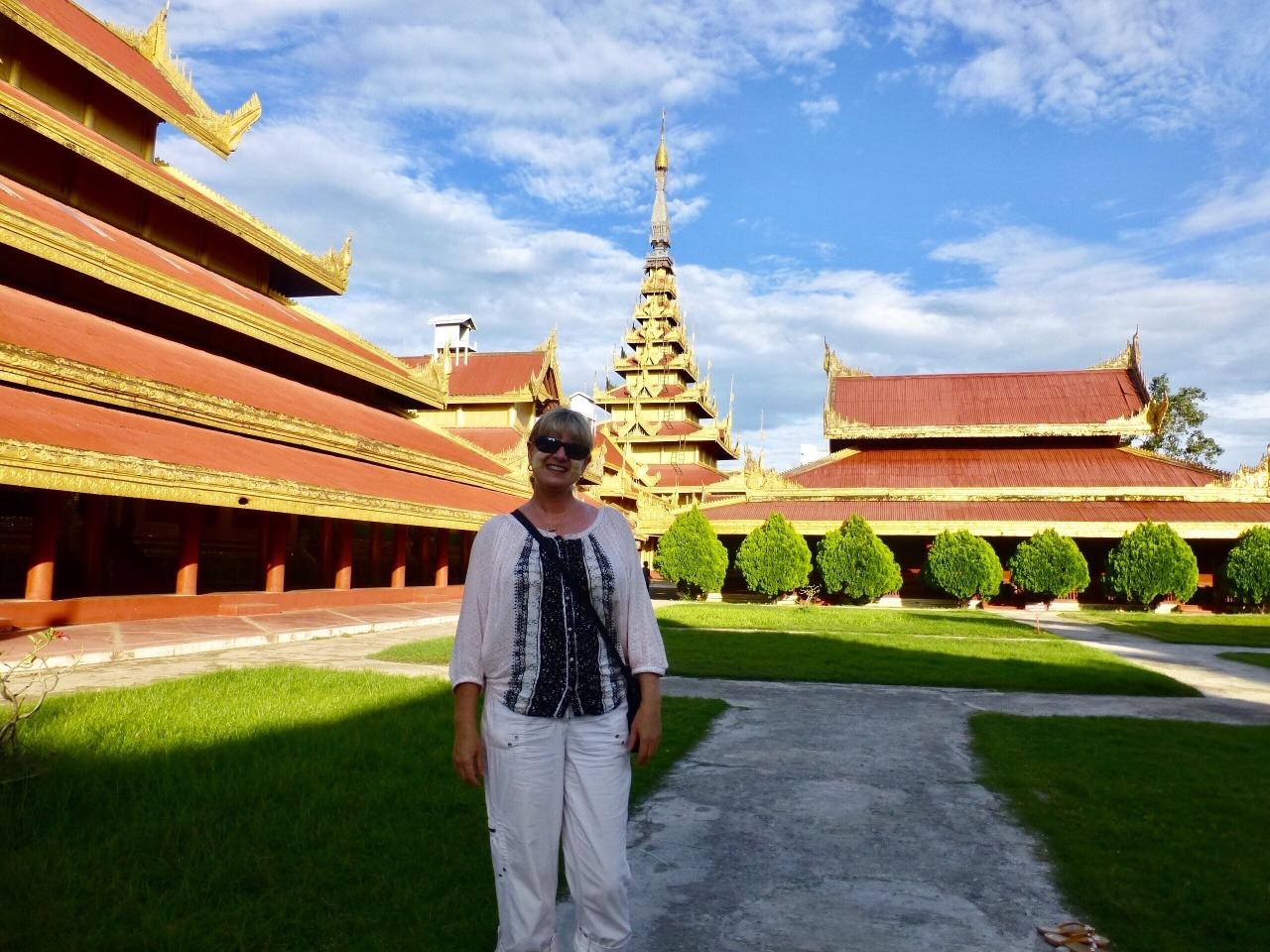 7.1479075873.2-mandalay-palace