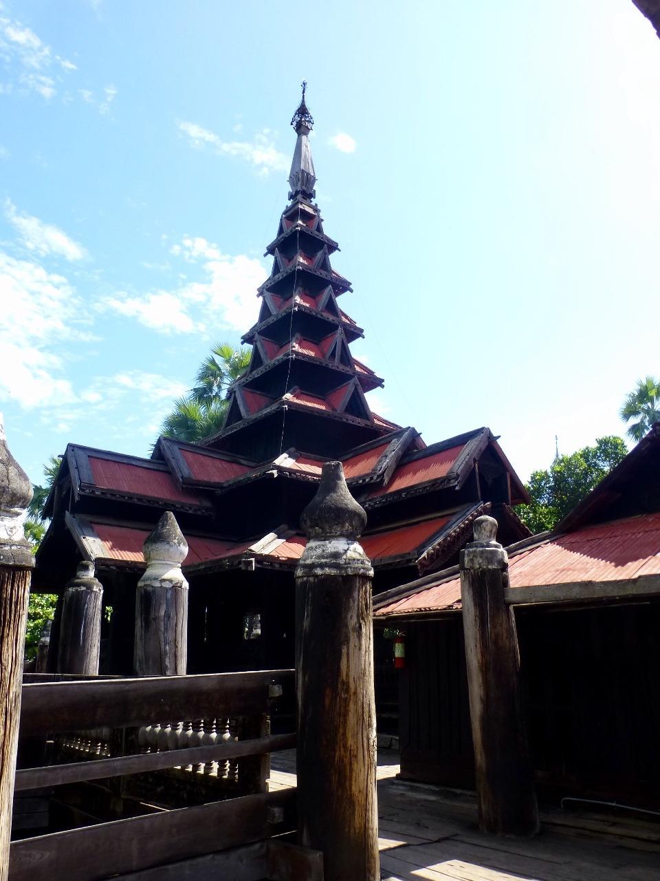 7.1479075873.bagaya-kaung-teak-monestary